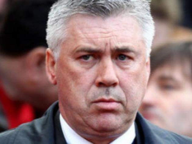 Ancelotti backs Spurs for title push
