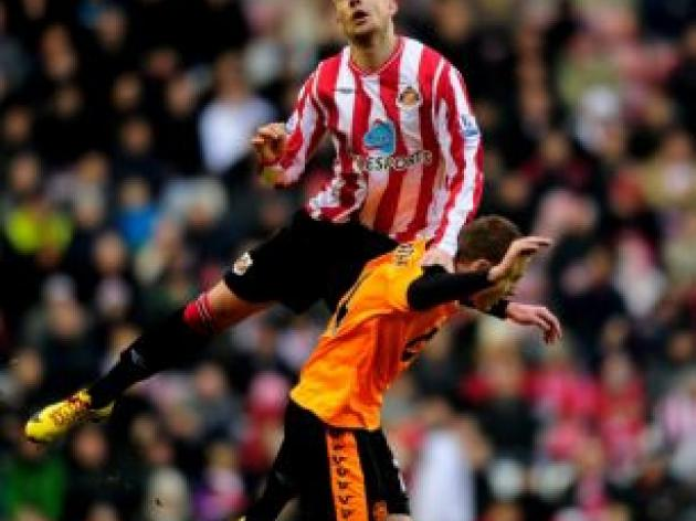 I'll turn Sunderland jeers into cheers, insists new boy Alan Hutton