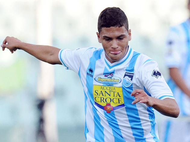 Could Manchester United sign Columbia international Quintero?