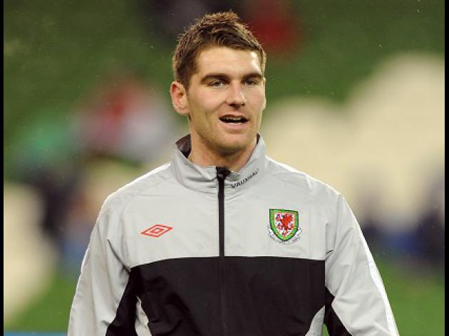 Vokes drafted into Wales squad
