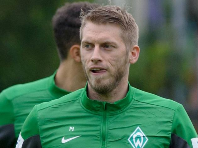 Germany midfielder Hunt signs for Wolfsburg