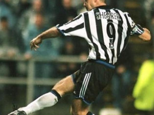 Top 10 Premier League Volleys: 7 - Alan Shearer