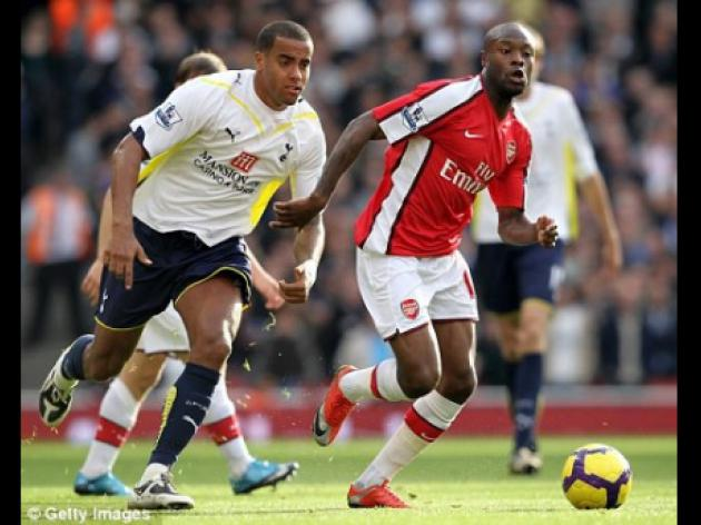 Arsenal boss Wenger voices concern over Gallas's 'endless calf strain'