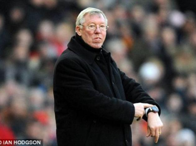 Graham Poll: Forget that rant by Sir Alex...referee Chris Foy got it spot on