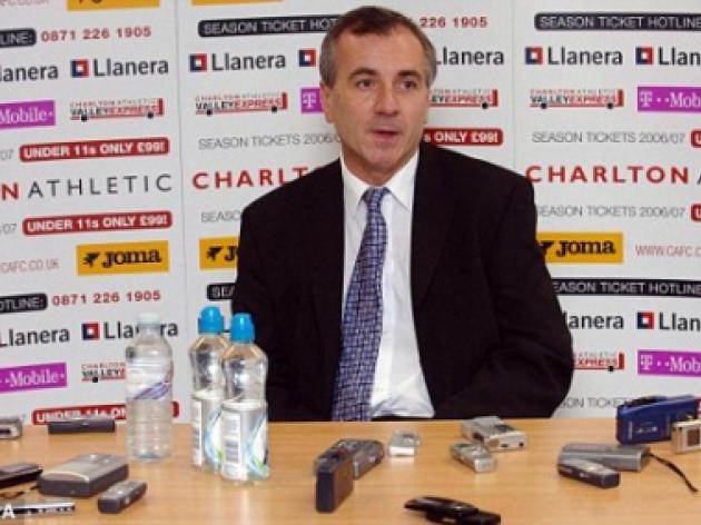 Ex-Charlton chief Peter Varney expects to take over the club by Christmas