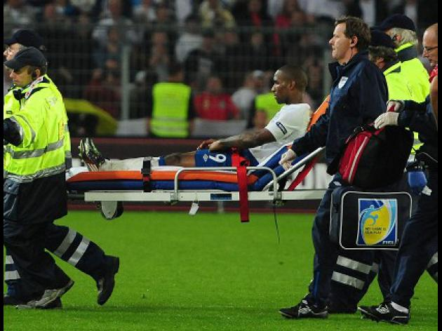 Defoe ruled out for six weeks
