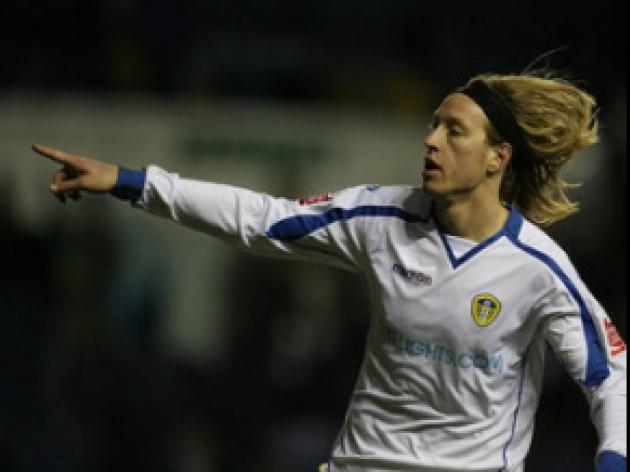 Becchio on target for reserves
