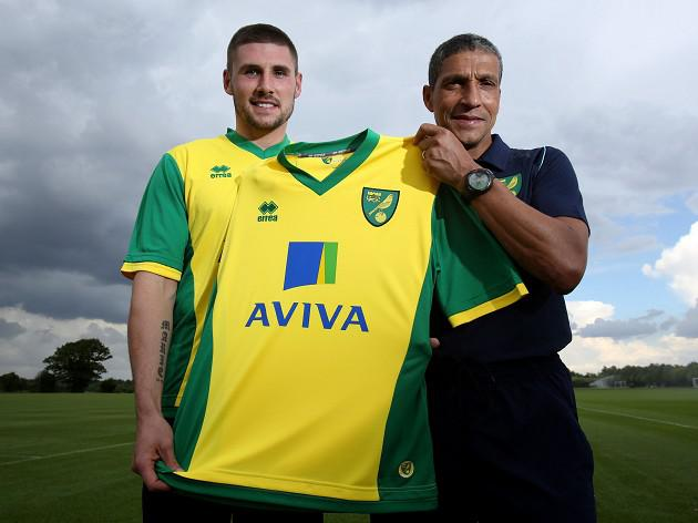 Norwich's Hooper hopes for England call