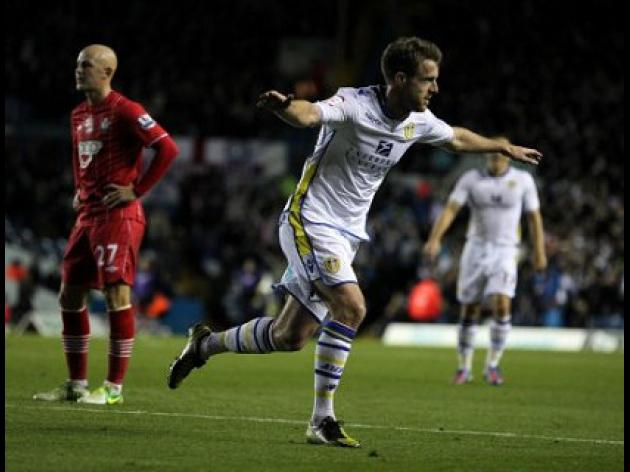 Leeds see off weakened Southampton