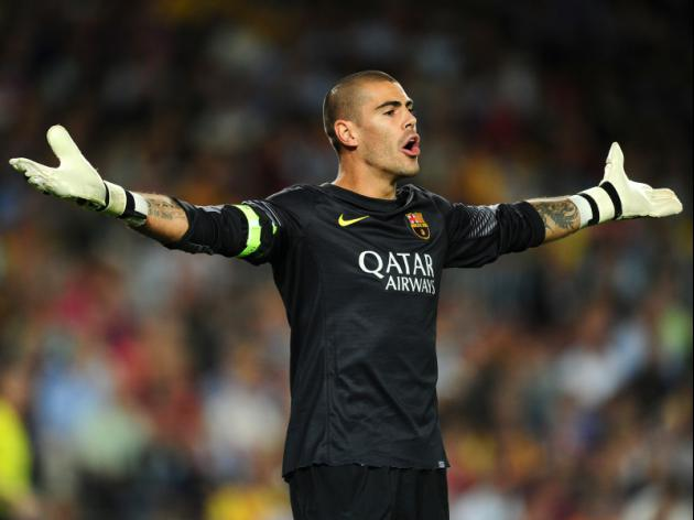 'I'm all yours!' Valdes set to snub Liverpool and join United after turning down trial at Anfield