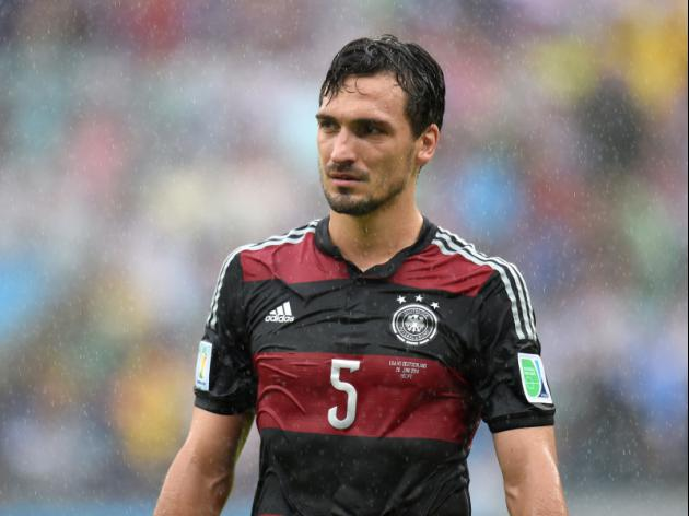 Mats Hummels moves closer to a Manchester United move with a 'final' offer