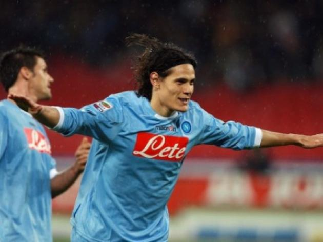 Cavani hoping to be first to shoot down Juve