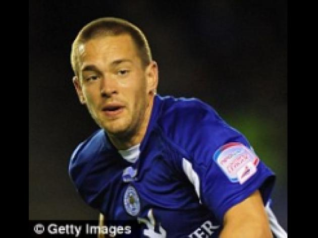 Hull set to pounce for Leicester's Matty Fryatt and Peterborough's Aaron McLean