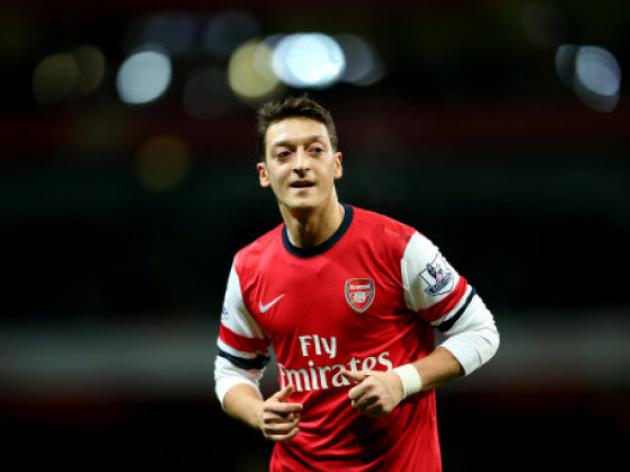 Nicklas Bendtner answers Arsenal doubters - but Mesut Ozil is the main man