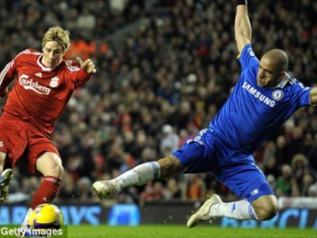 Everton v LIVERPOOL: Rafa Benitez sweats over Fernando Torres' fitness ahead of derby
