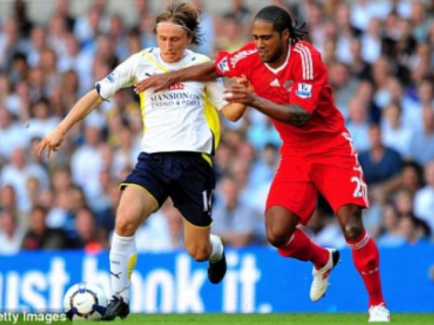 Redknapp tells Tottenham players to follow nice guy Modric's example