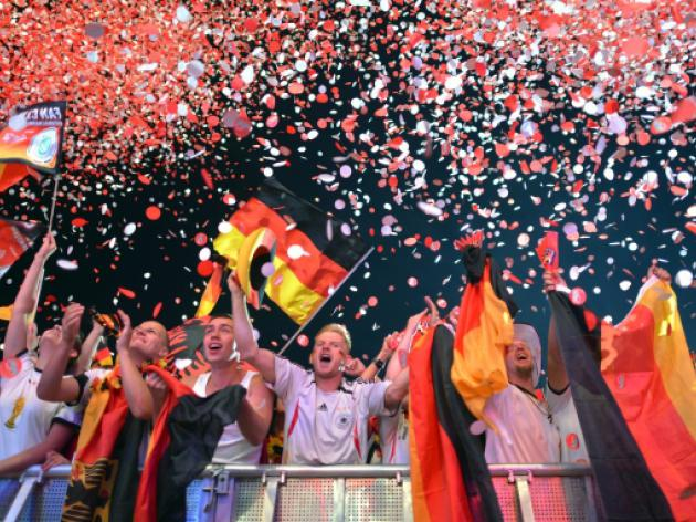 German papers hail 'unstoppable' Mannschaft
