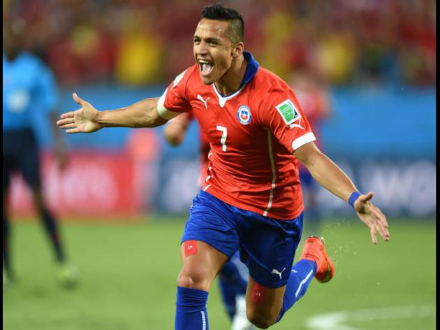 Liverpool make contact with Barcelona over Sanchez move