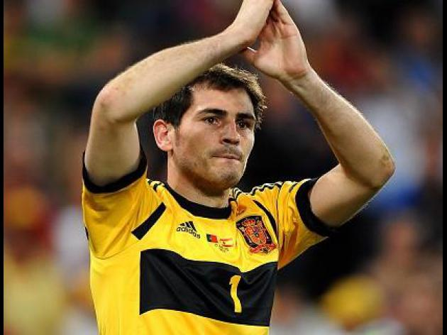 No World Cup farewell for Casillas, Xavi