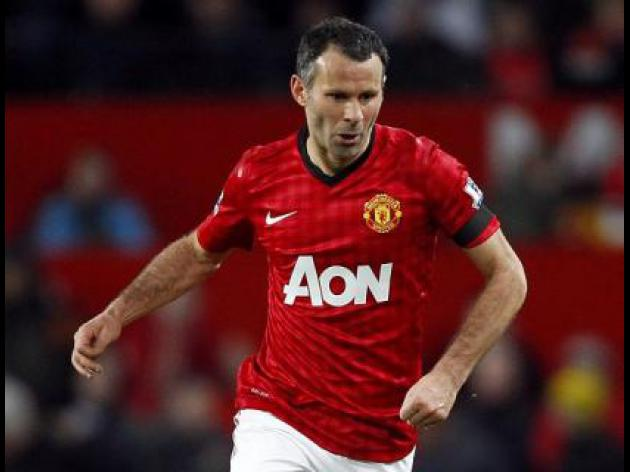 Sir Alex Ferguson hails Ryan Giggs' longevity