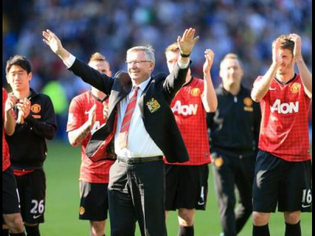 Sir Alex Ferguson signs off with wine, not win in last Manchester United game
