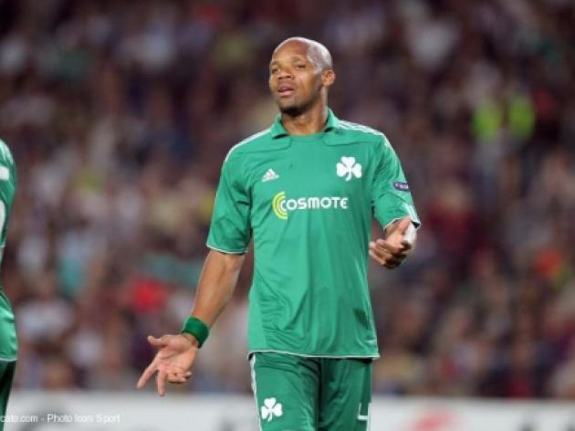 Boumsong sidelined with broken toe