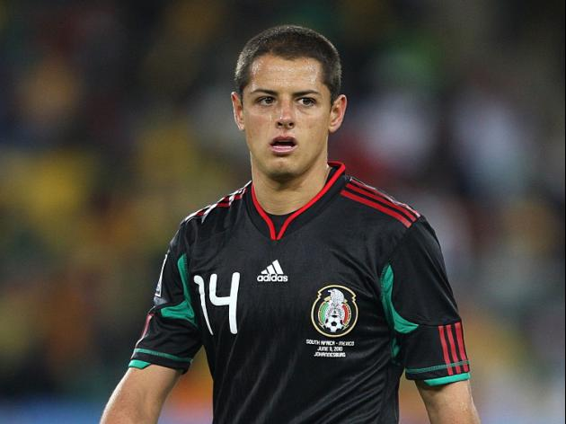 Herrera leaves Hernandez on bench