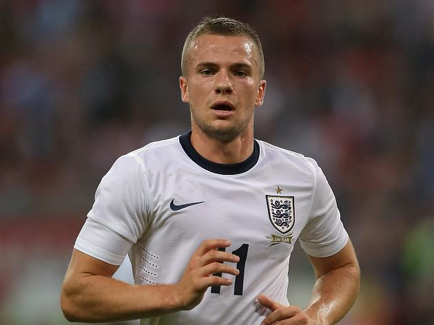 England blow for Cleverley