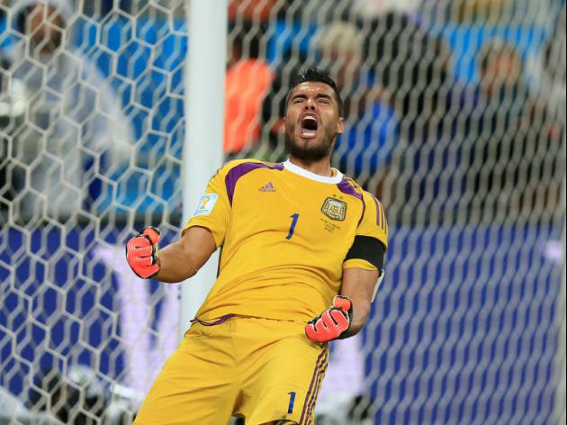 Romero the hero as Argentina sink Dutch