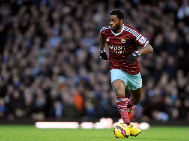 Alex Song Keen On A Move To Liverpool With Manchester United Also Interested