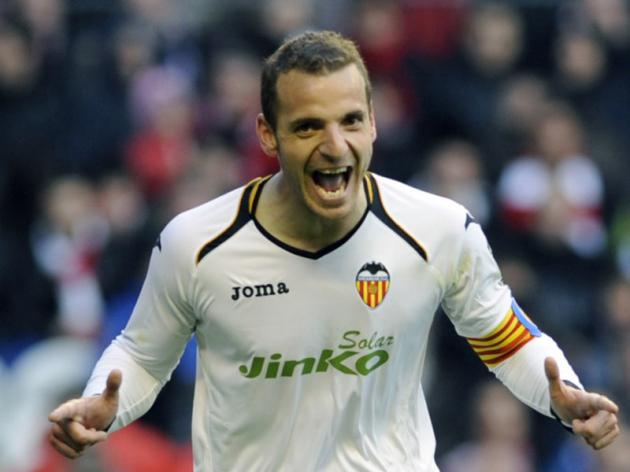 Liverpool to join Spurs in race for Roberto Soldado#8207;