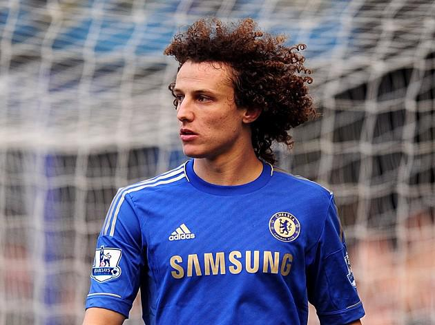 Luiz enjoys break from training