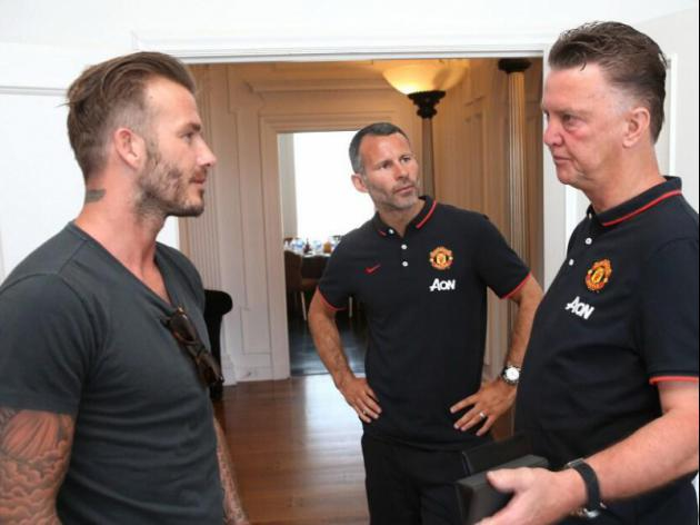 Beckham visits United as Van Gaal debut nears