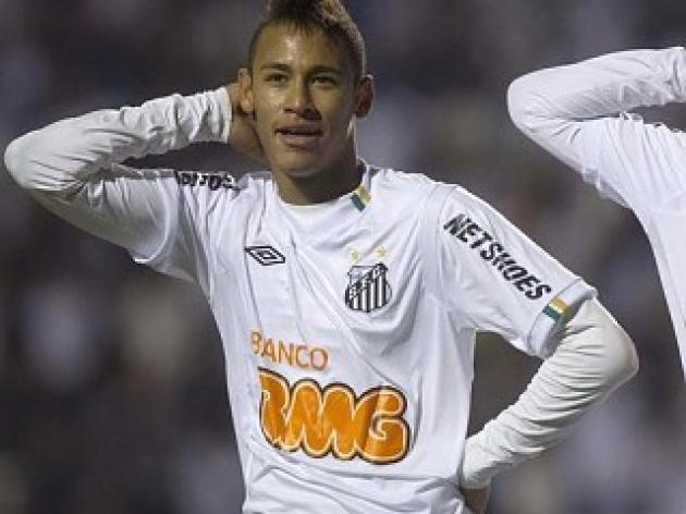 Neymar named Brazilian player of the year
