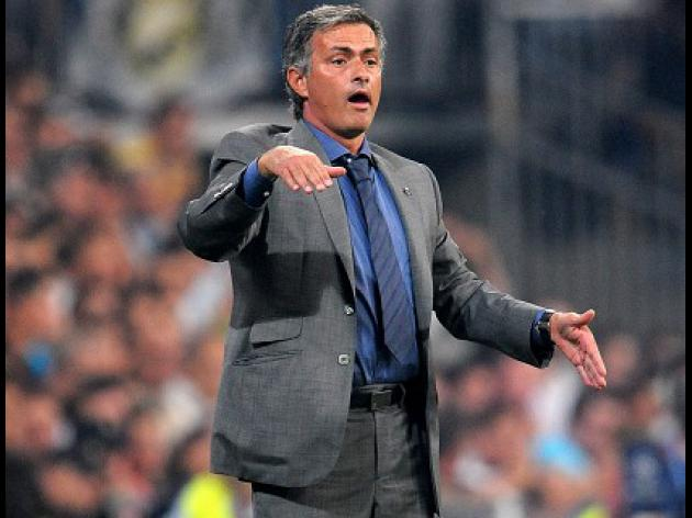 Portugal eye Mourinho deal - report