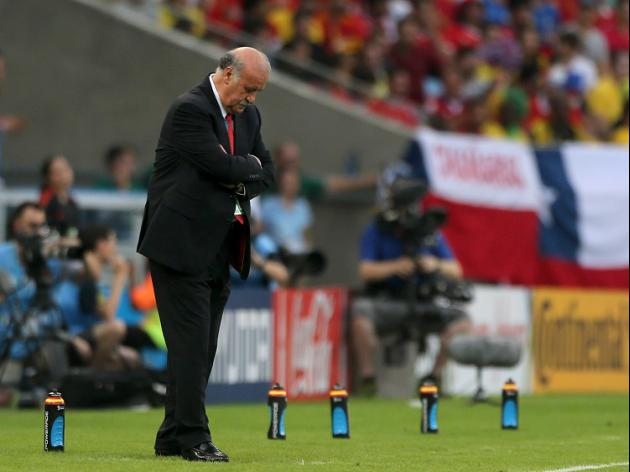 Exit puts Del Bosque in firing line