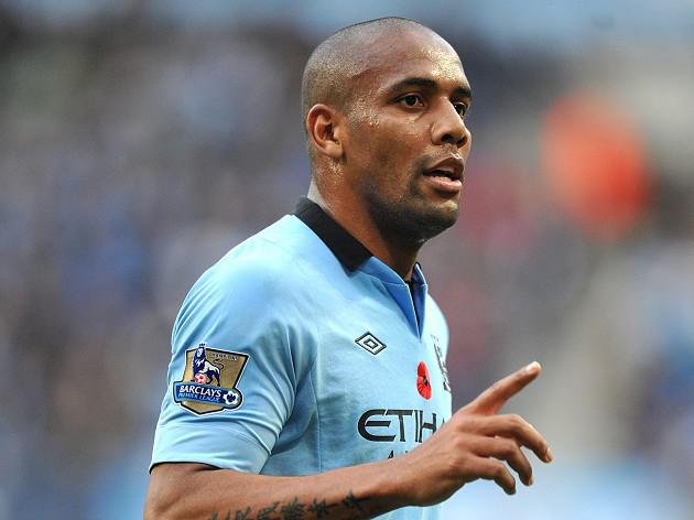 Maicon leave Man City to join AS Roma