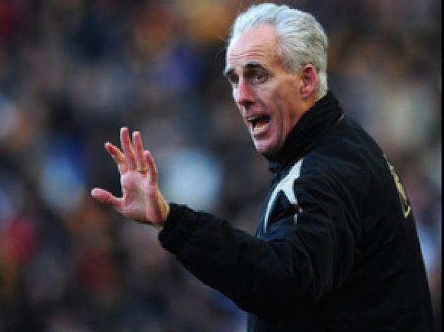 McCarthy fears 'wounded' Palace