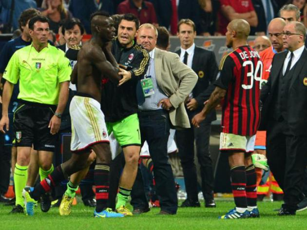 I havent killed anybody, says red-card Balotelli