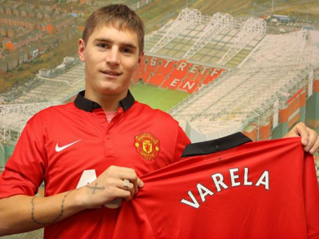 Introducing Manchester United's latest signing - Video