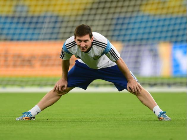 Argentine army count on amazing Messi at World Cup