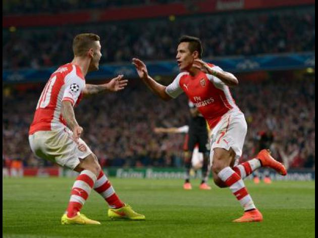 Sanchez sees Arsenal through