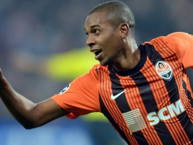 Top 10 Sensational Transfers This January: 9 - Manchester United Look To Beat City To Fernandinho