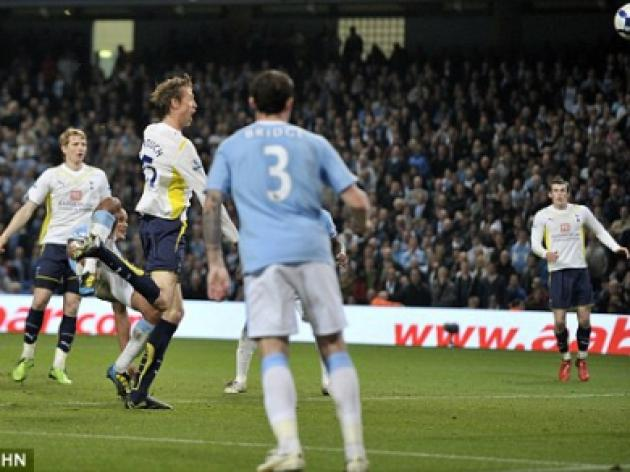 Manchester City 0 Tottenham 1: Peter Crouch heads Spurs into Champions League
