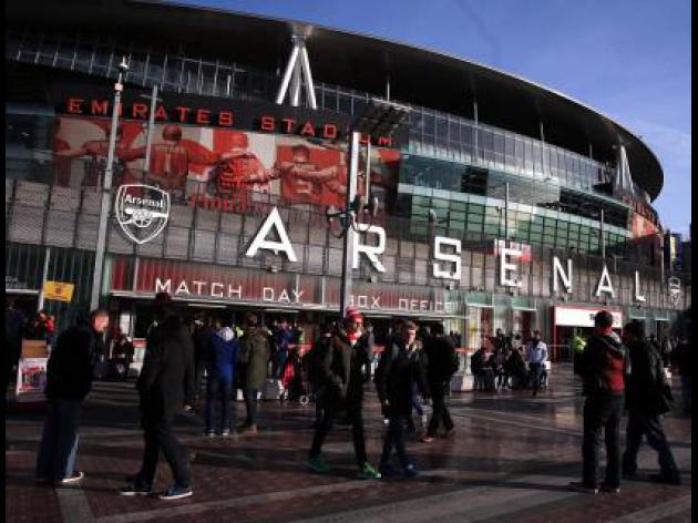 Gabriel completes Arsenal switch