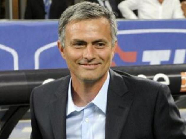 Jose Mourinho wants to succeed Sir Alex Ferguson at Manchester United