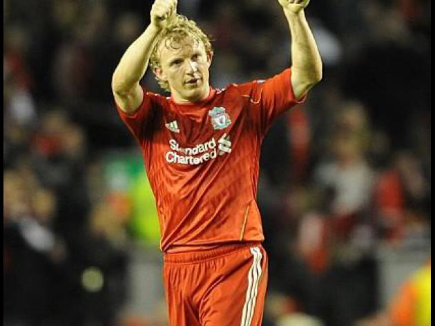 Kuyt late show sinks United, Chelsea down QPR