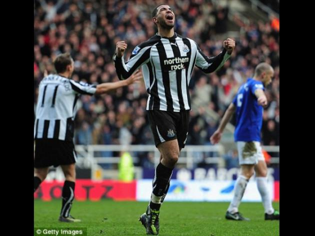 Newcastle striker Leon Best ruled of for season with knee injury
