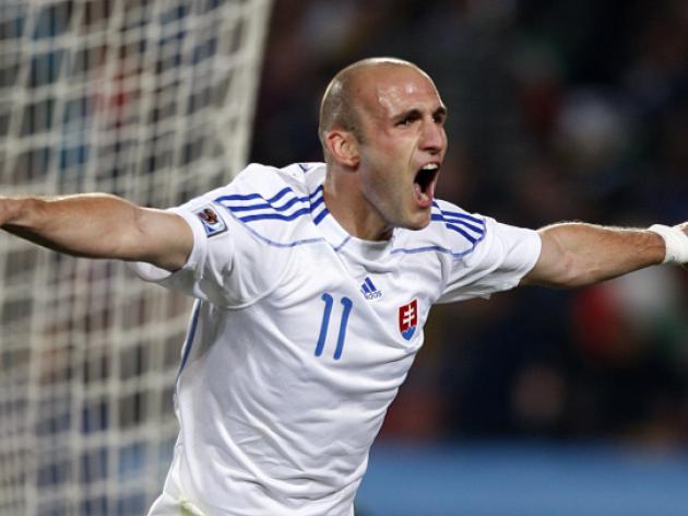 Slovakia 3-2 Italy - Match Report