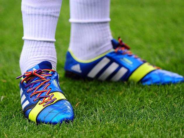 Players to decide on rainbow laces